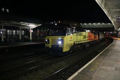 70812 2113/4c23 Aberthaw-Avonmouth passes Newport    28/12/17