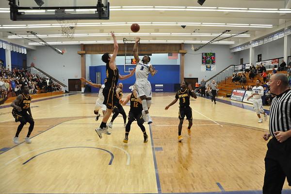 MBasketball Feb 25th