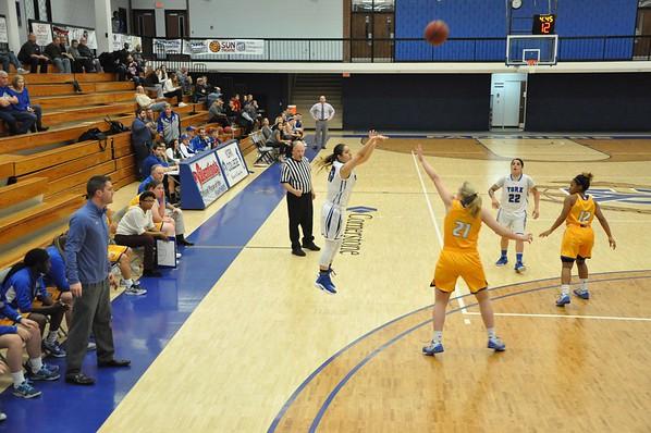 W Basketball Dec 1st