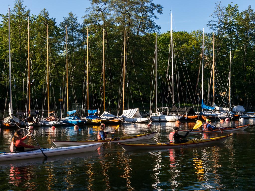 Segelbåtar efter Sofiebergsvägen på Långholmen