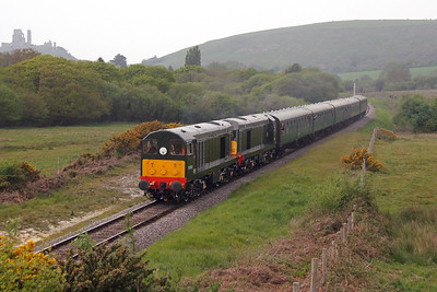 20059 Corfe Castle 06/05/17 2N17 Norden to Swanage with 20188