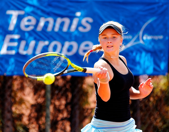 01.01 Caijsa Wilda Hennemann - Tennis Europe Junior Masters 2017