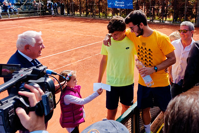 01.04d Happy after Luca Nardi won - Tennis Europe Junior Masters 2017