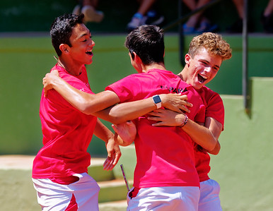 01.01e Happy after winning final - Spain - Tennis Europe Summer Cups final boys 14 years and under 2017
