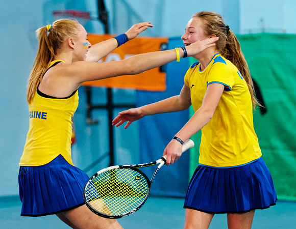 01.03 Happy after winning final - Ukraine - Tennis Europe Winter Cups by HEAD final girls 14 years and under 2017