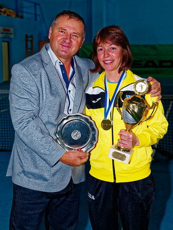 01.09 Tournament director with winning coach - Tennis Europe Winter Cups by HEAD final girls 14 years and under 2017