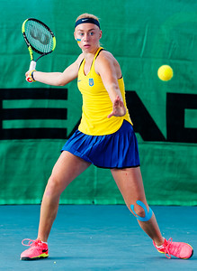 01.01a Dasha Lopatetskaya - Ukraine - Tennis Europe Winter Cups by HEAD final girls 14 years and under 2017