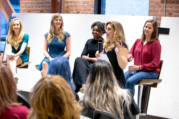 @jpifproductions @courteneykay @foxiecoach @SinglefiedYue @SumiShan1 #GIRLBOSSES.   Sumi Shan - Co-Founder and Partner at TEx Ventures. Yue Xu is the founder of Cult Media Online. Stevonne Ratliff- Entrepreneur, Business Owner, Beija-Flor Naturals. Courteney Kay- Event Producer, Matchmaker, Life Coach. Julie Pifher- VP of Development at Rive Gauche Film Producer, Author, Screen-writer. Megan Merrill - CEO/ Founder - Foxie - Communication Coaching