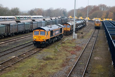 66725 & 66730 tnt 66719 on RHTT behind and 3 x UID 73s.
