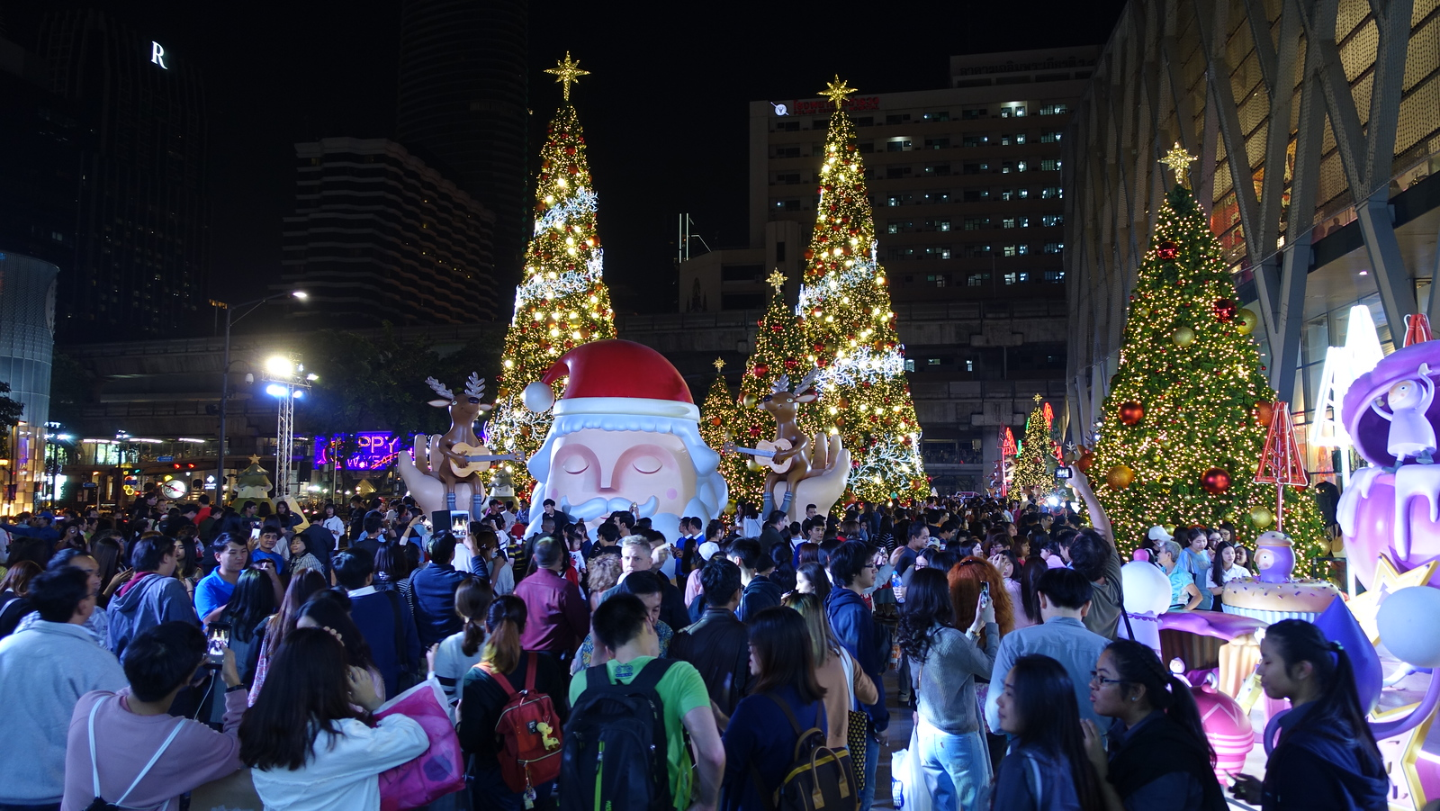 Christmas in Bangkok – Central World