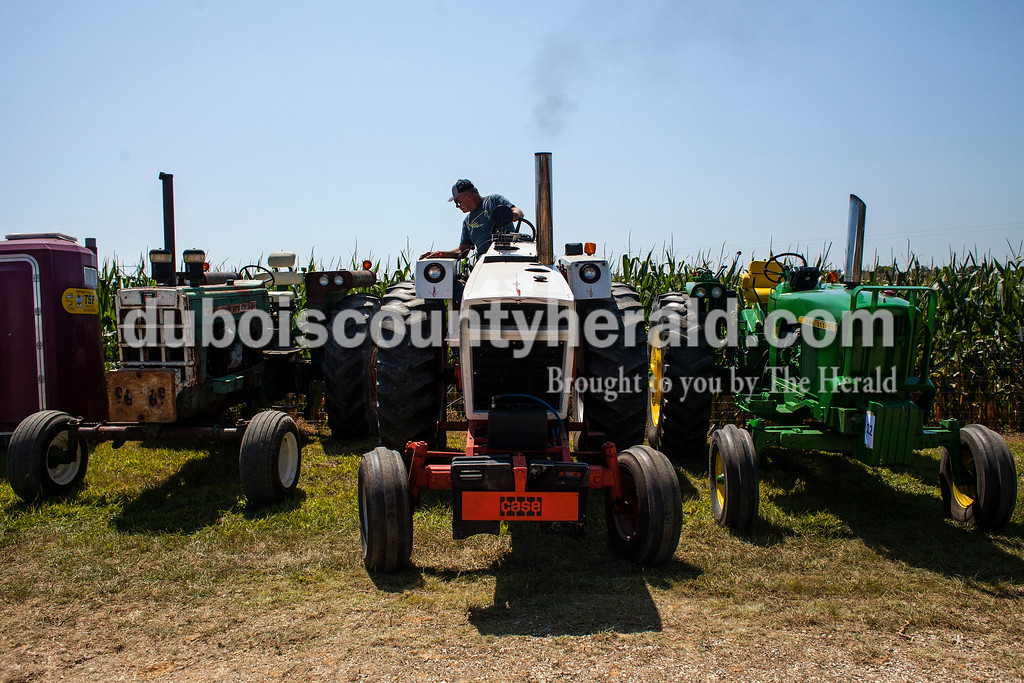 170827_Tractor03_JW.jpg