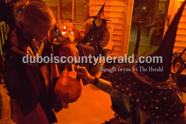 171031_Halloween02_BL.jpg