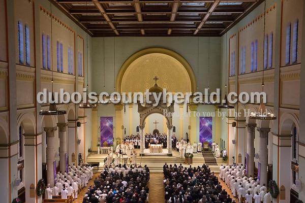 171215_BishopInstallation03_BL.jpg