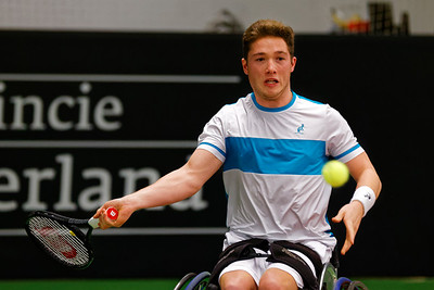 01.09b Alfie Hewett - Wheelchair Doubles Masters 2017