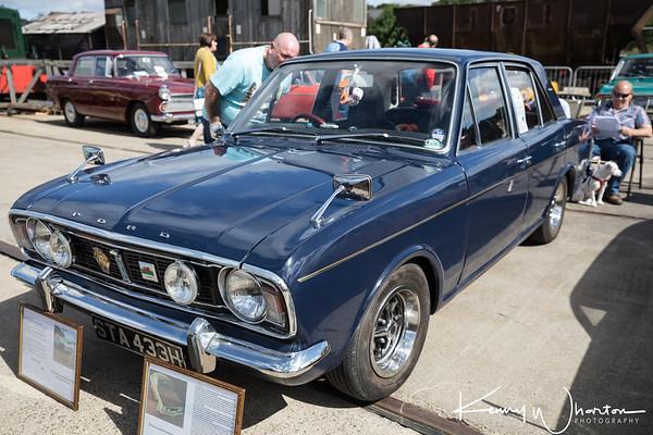 STA 433H Ford Cortina 1600E