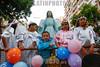 Brasil - PA - Belem - Círio 2017 - Milhares de fiéis católicos acompanham berlinda de Nossa Senhora de Nazaré pelas ruas de Belém , na manhã deste Domingo , 8. - Círio de Nossa Senhora de Nazaré - Nossa Senhora da Nazaré / Brazil - Belem : Roman Catholic pilgrims during the Cirio de Nazare celebrations 2017 , in Belem - Almost two million pilgrims participated in Brazil's biggest Catholic procession / Brasilien : Der Cirio ( de Nossa Senhora ) de Nazare wird jedes Jahr am zweiten Oktoberwochenende veranstaltet. Grösstes religiöses Fest Brasiliens . Bis zu zwei Millionen Menschen kommen in die Stadt und tragen eine Marienstatue in einer Sänfte durch die Strassen , daran befestigt ist ein ungefähr 400 Meter langes starkes Seil - Pilger - Prozession - Menschenmasse - Römisch Katholisch - Katholische Kirche © Ricardo Lima/LATINPHOTO.org