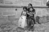 Mexico : 08/02/2016 Una mujer con sus hijos en Mitla , en el estado de Oaxaca / A woman with her sons in Mitla , in the state of Oaxaca / Mexico : Indigene Mutter mit Kinder in Oaxaca © Alessio Coghe/LATINPHOTO.org/LATINPHOTO.org