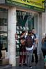 Noviembre 24, 2016. Ciudad de Buenos Aires . vidrieras de Inmoviliarias de San Telmo / Argentinien : Immobilien Inserate © Kala Moreno Parra/LATINPHOTO.org