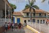 Turistas en Trinidad