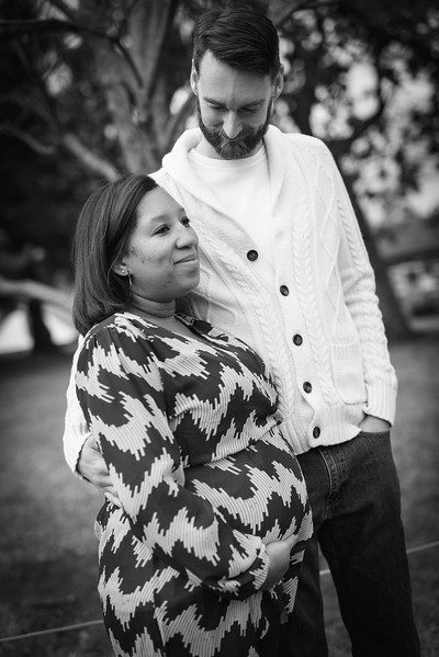 Shannon and Ryan Maternity -4
