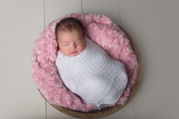 2017_04_01_Newborn Juno Pics