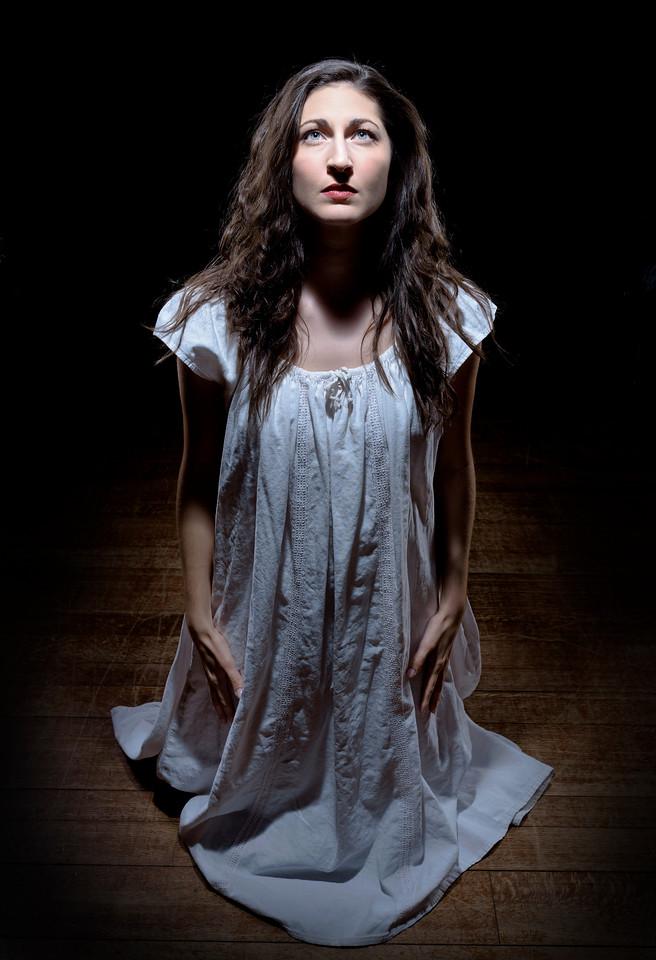 Ally Farzetta as Lady Macbeth in MACBETH. Photo by Michael Bailey.