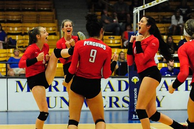 YSU Volleyball at Morehead State - Aug. 25, 2017