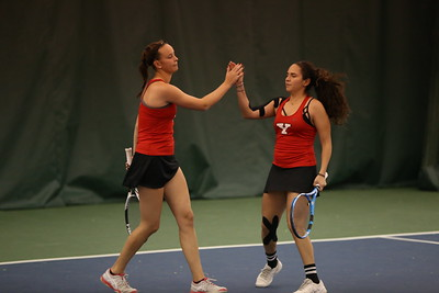 Tamara Teufl (left) Sofia Macias (right)