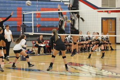 Volleyball vs. Hiland