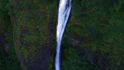 3-Horsetail Falls from near hover