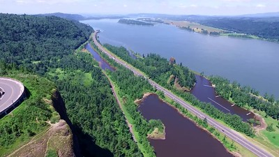 1-Vista  and the Columbia River