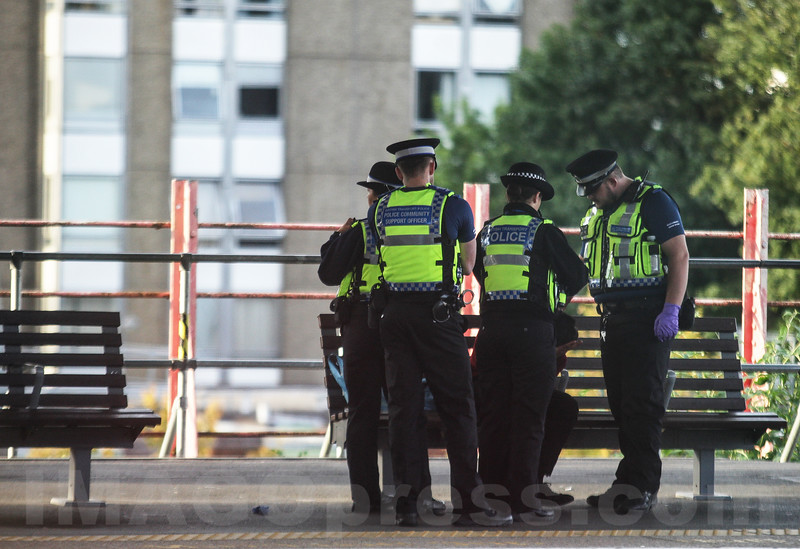 Alert Police Starion Near London