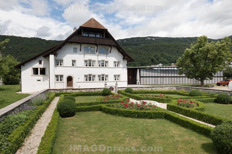 Die alte Mühle in Egerkingen mit dem französischen Garten im Vordergrund © Patrick Lüthy/IMAGOpress.com