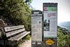 Hinweistafel Naturlehrpfad auf dem Wanderweg Jakobsleiter in 4622 Egerkingen - Sitzbank © Patrick Lüthy/IMAGOpress.com