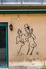 Tanzendes Paar an einer Fassade in 2740 Moutier © Patrick Lüthy/IMAGOpress.com
