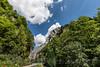 Strasse nach Delsberg und Felswand ob der Gorges de Moutier bei Moutier im Berner Jura © Patrick Lüthy/IMAGOpress.com