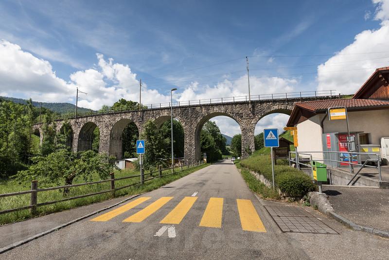 Viadukt in Corcelles im Berner Jura © Patrick Lüthy/IMAGOpress.com