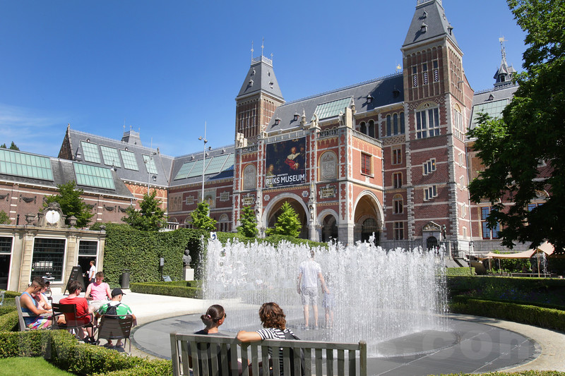 Netherlands: Daily Life Weather in Amsterdam