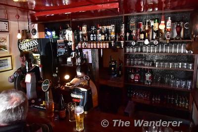 Shannon Harbour. Inside the Canal Bar. Sun 18.06.17.