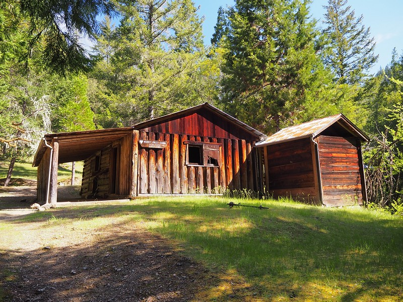Whisky Creek Cabin Rogue River Trail Oregon