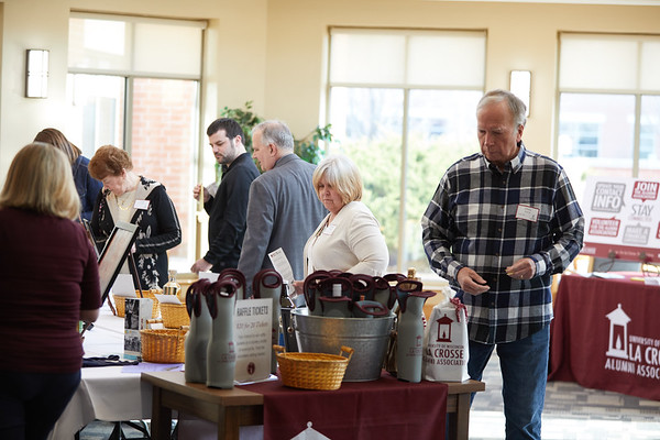 2019 UWL Spring Barrels and Bites Alumni Association 0041