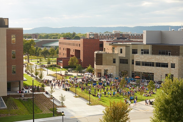 2018 UWL Fall Students Picnic Student Union Lawn 0026