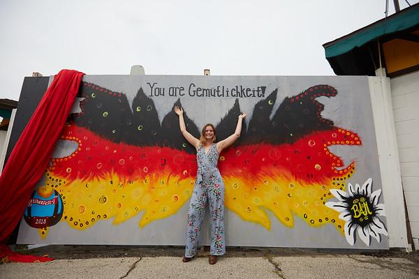 2018 UWL Fall Baley Murphy Oktoberfest Mural 0011