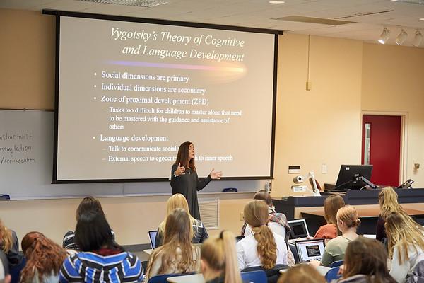 2018 UWL Fall Psychology Faculty Teaching Lisa Caya 2