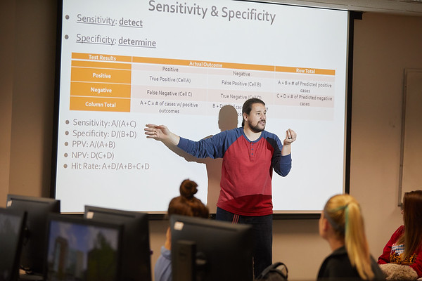 2018 UWL Fall Psychology Faculty Teaching Alessandro Quartiroli 3