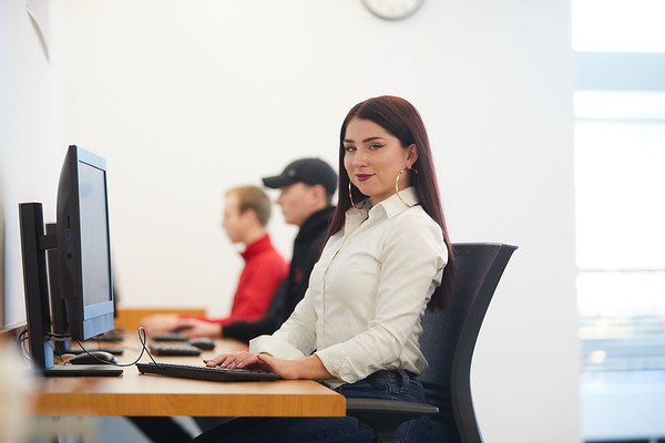 2018 UWL Lucy Putnam Computer Science 0042