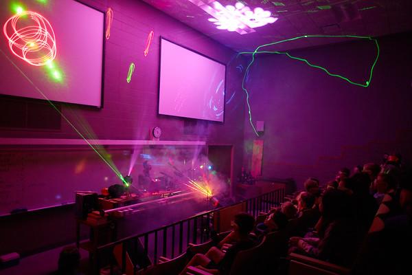2019 UWL Physics and Chemistry Show0118