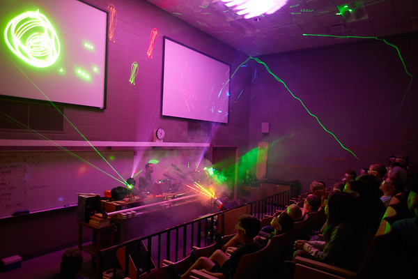 2019 UWL Physics and Chemistry Show0117