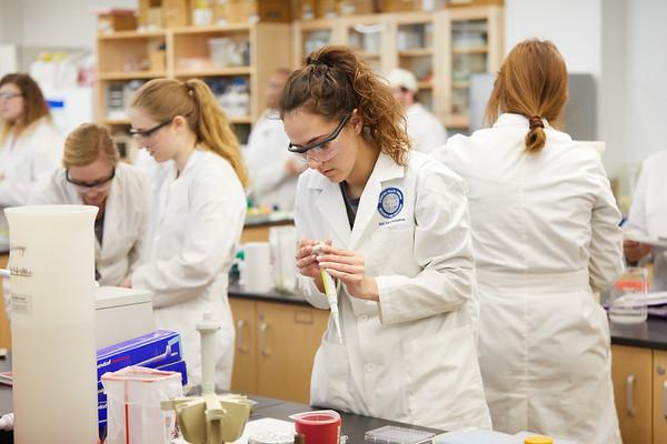 2019 UWL Spring Microbiology 0080