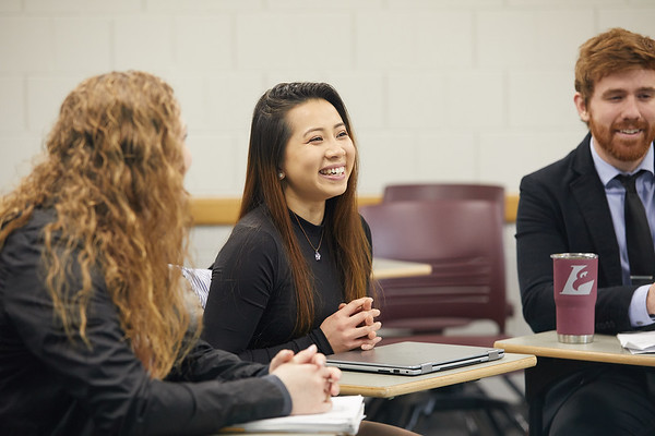 2019 UWL Graduate Studies Students Labs 0091